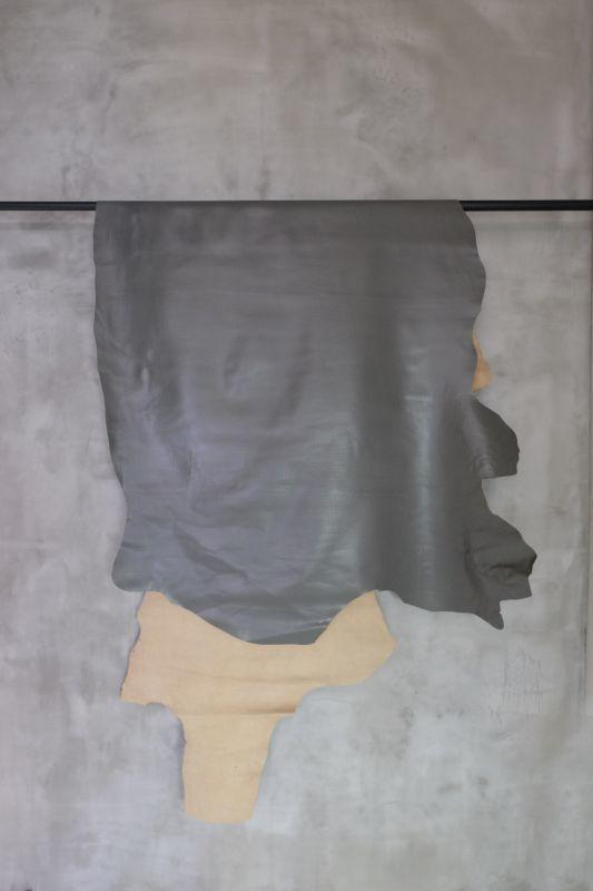 画像1: 牛 型押し(タイヤ) グレー (1)