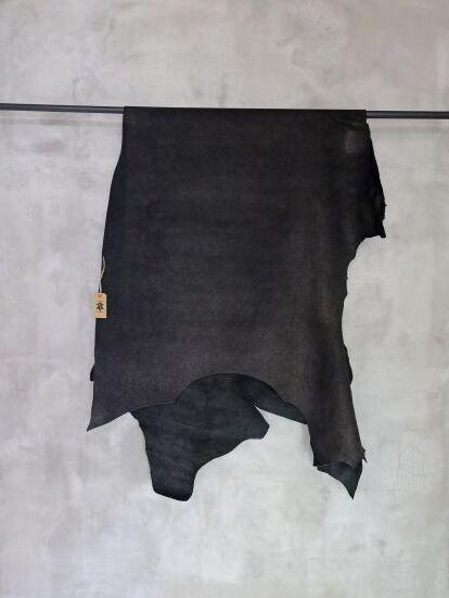画像1: 牛 バッファロー ブラック (1)