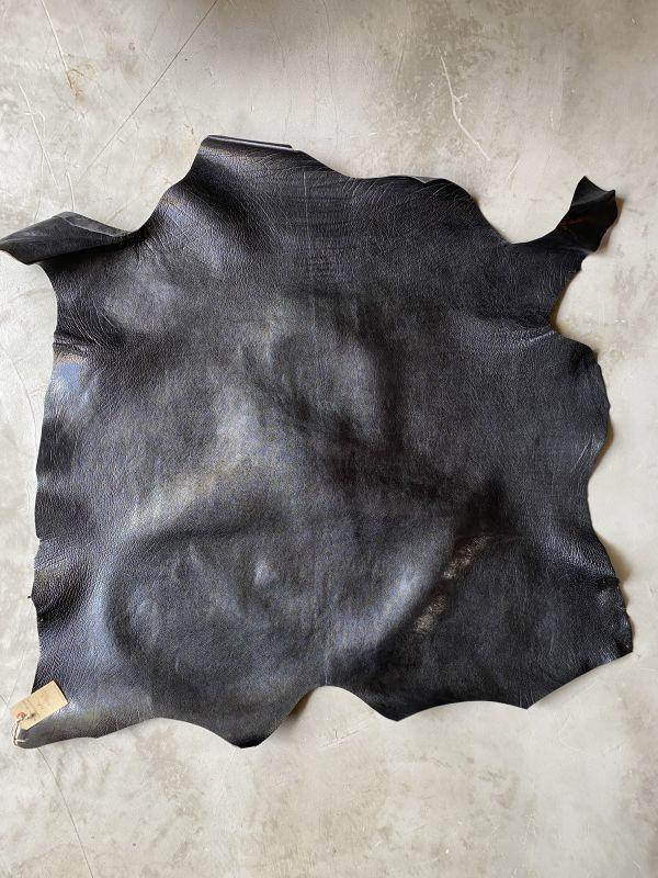 画像1: 牛 バッファロー(ハード) ブラック (1)