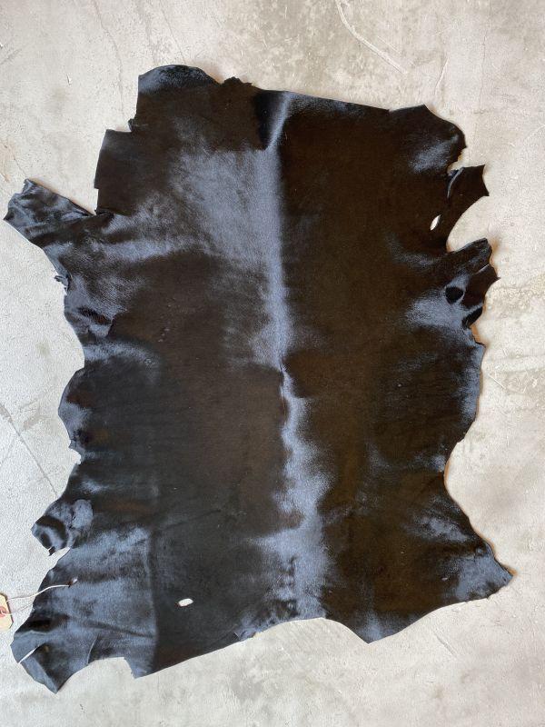 画像1: 牛  ヘアカーフ ブラック (1)